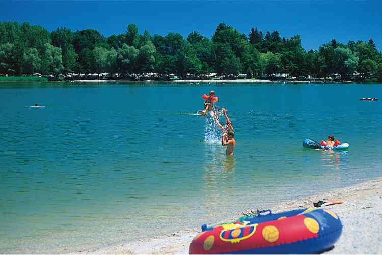 Beste Spielothek in Taching am See finden
